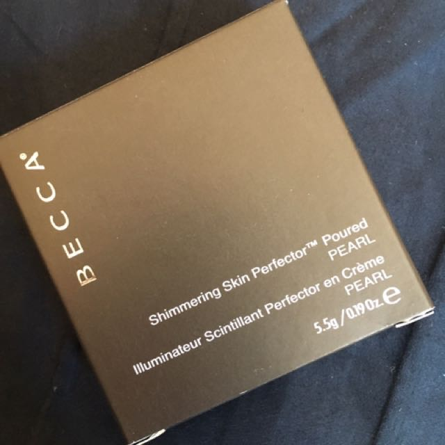 BECCA SHIMMERING SKIN PERFECTOR POURED CREME