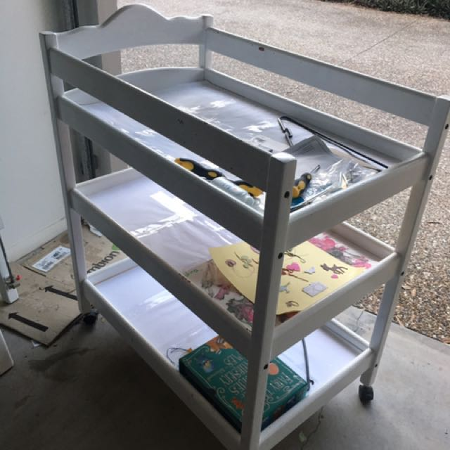 Cot & Change Table