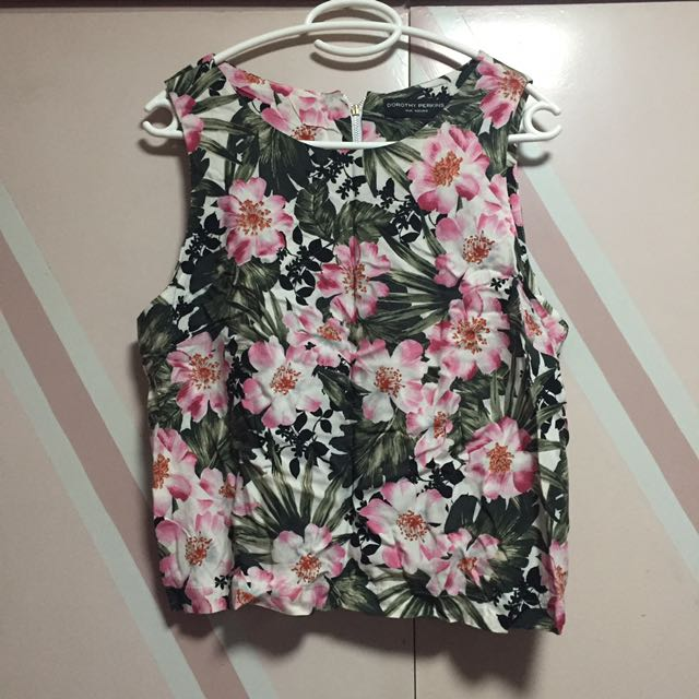 Floral Cropped Sleveless Top