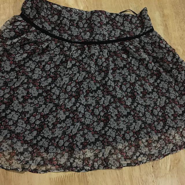 Floral Skirt BENCH