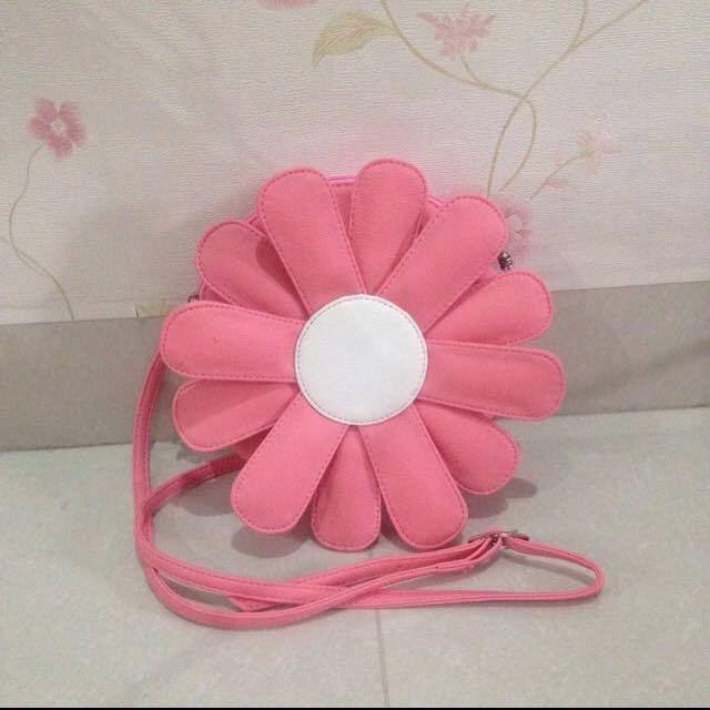 Flower Slingbag