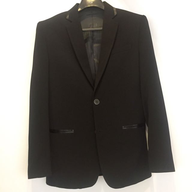 REPRICED: 60% Off New GQ Suit (Small)
