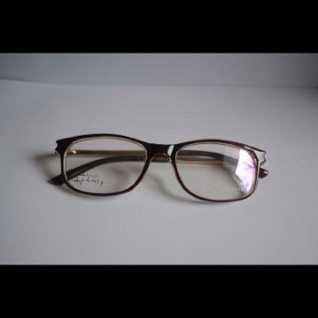 Kaca Mata Brand Korea