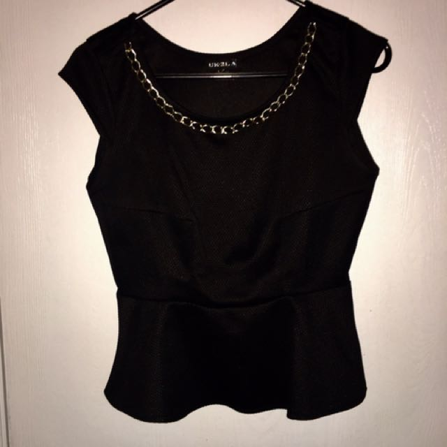 Ladies Top Size Medium