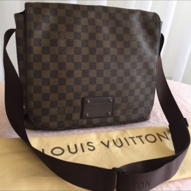 Louis Vuitton MM Damier Brookly Bag