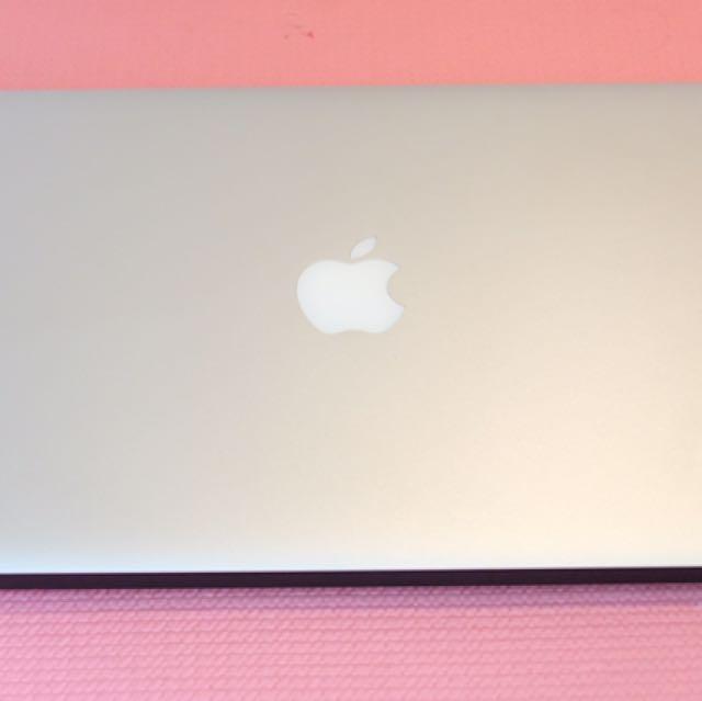 Macbook Air 2011 13inches core i7 256ssd