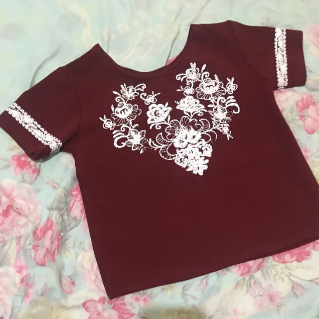 Maroon semi-crop blouse