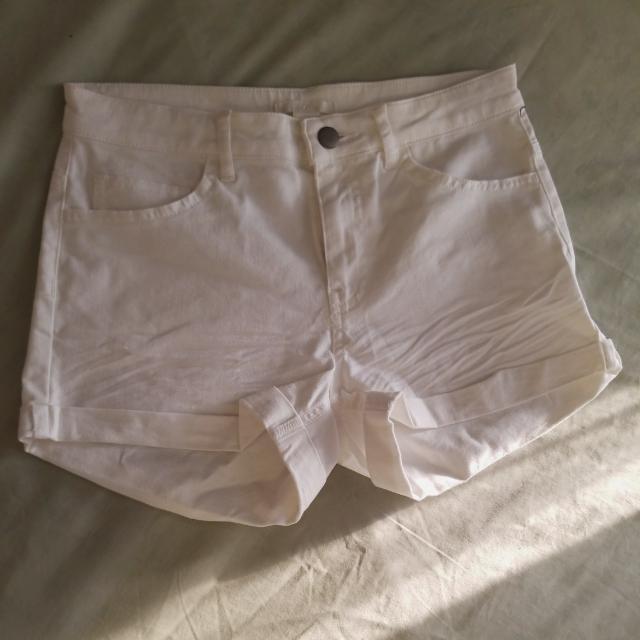 NEW H&M White Denim Shorts