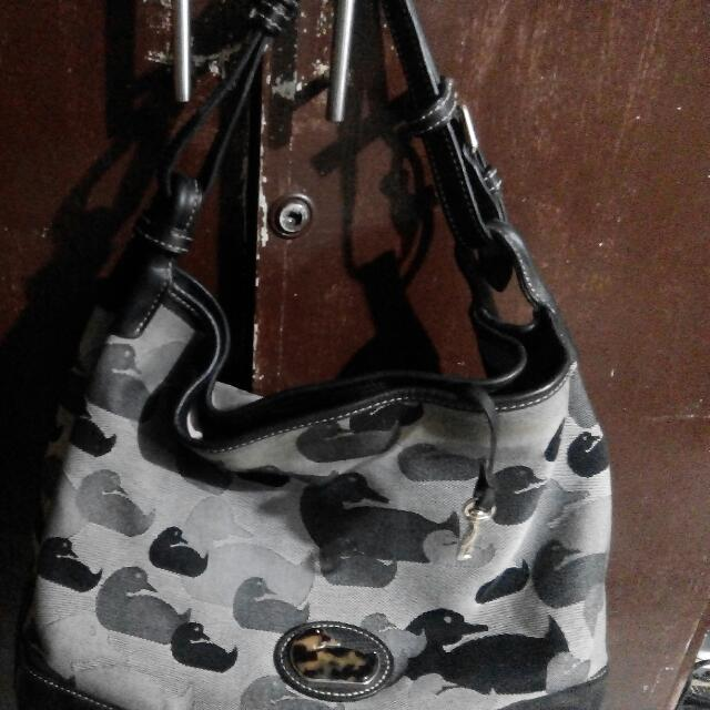 original dooney & bourke bag,leather  * sale or swap to watch or rubber shoes