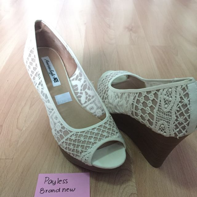 Payless Lace Wedge Size 10/40