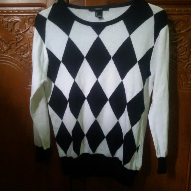 Forever 21 Sweater Hitam Putih