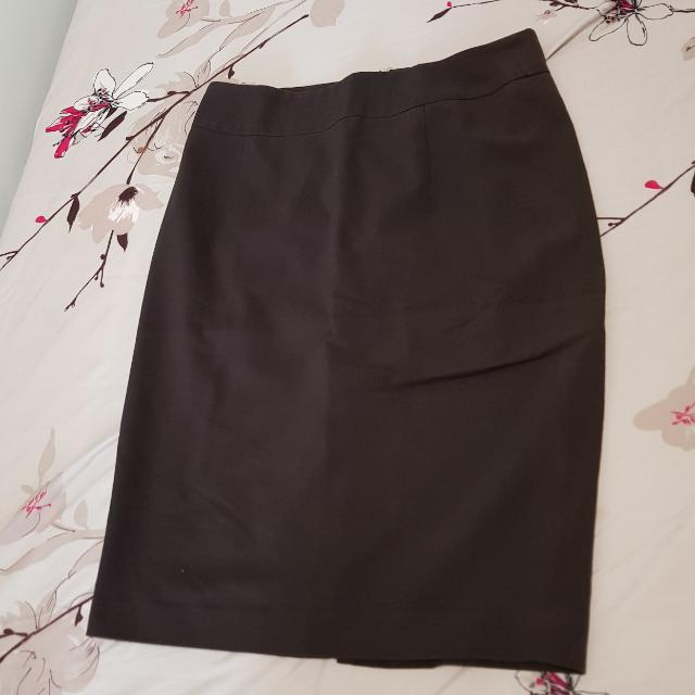 The Executive Short  Brown Skirt (Rok Span Coklat Selutut)