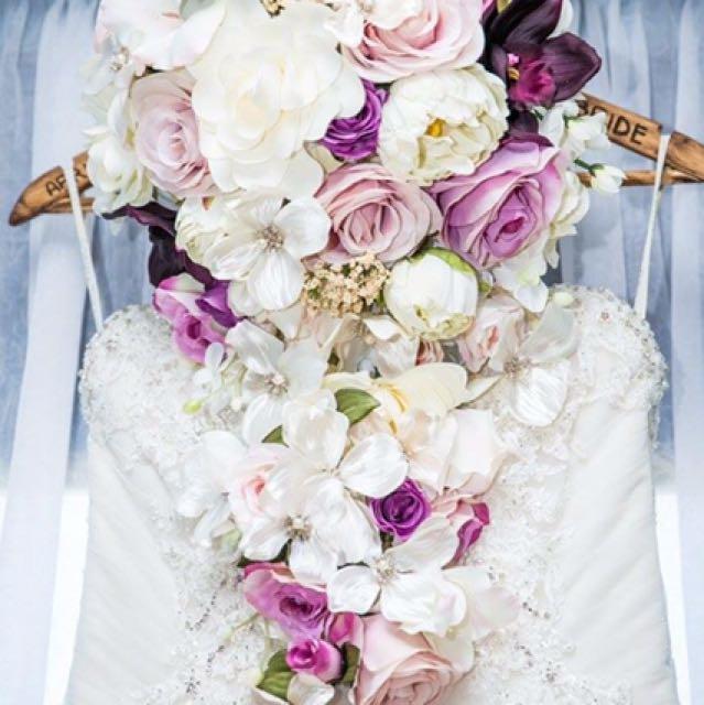 Wedding Floral Arrangements And Bouquet