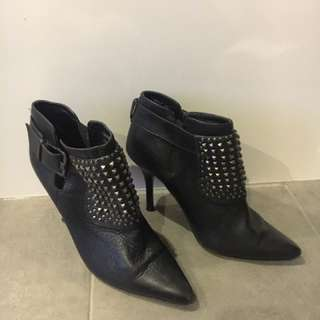 Mollini Stiletto Black Leather Ankle Boots 39