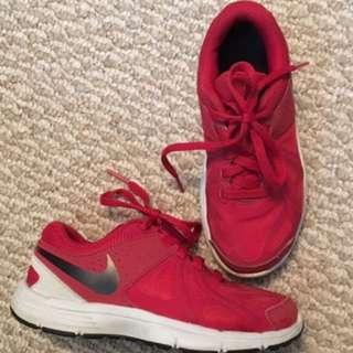 Boys Nike Running Shoes