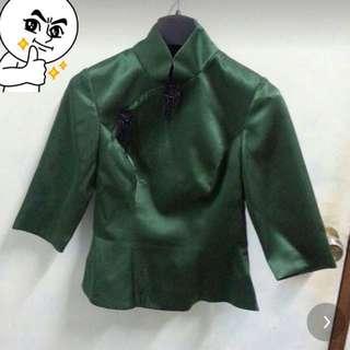 綠色緞面中國旗袍立領盤結口上衣 貴氣典雅適S女