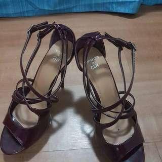 Strappy Sandals (Memorata By CLN)