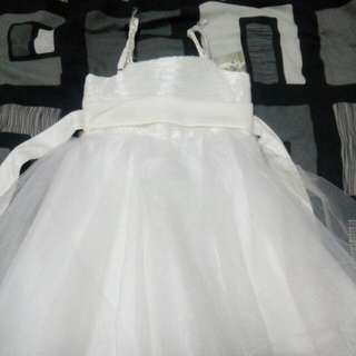 Bnwt little girl cute party dress..size 4