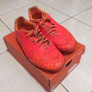 Nike Elastico Finale Size 45 Crimson Red 100% Original