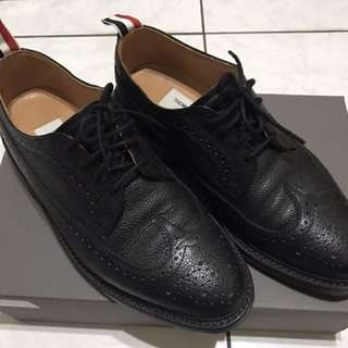 THOM BROWNE. 紳士鞋款