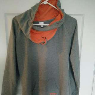 Women's  Bench Sweat Top Sz Large