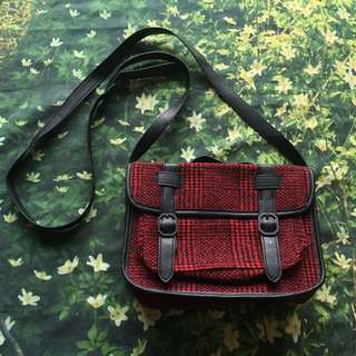 RED TARTAN SHOULDER BAG