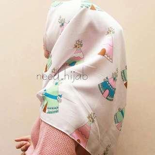 (BARU)Hijab Square Segi Empat Motif Etnik Lucu Premium
