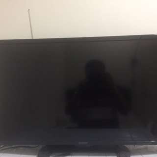 TV Sharp LED Aquos 32 Inch