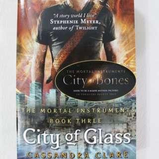 Buku Mortal Instruments; City Of Bones (ENGLISH)