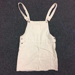 白色牛仔質地吊帶裙