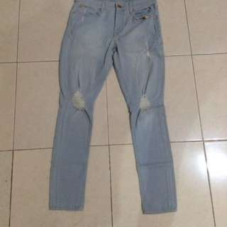 Ripped Express Jeans