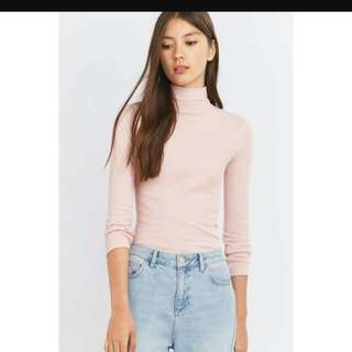 WTS PINK TURTLE NECK LONG SLEEVE