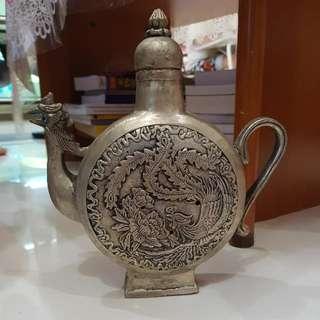 鸡首壶 (Collectable Antique)