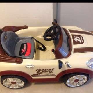 kids ride on car / kereta mainan kanak-kanak