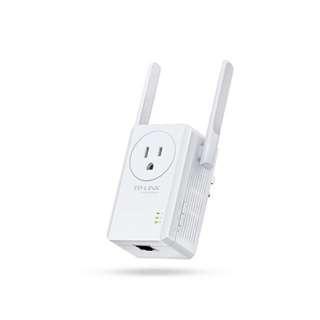 TPLink Wifi Range Extender with AC Passthrough