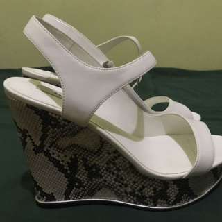 Brand New White Pedro Wedge