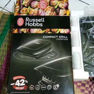 Russell Hobbs Compact Grill (New)