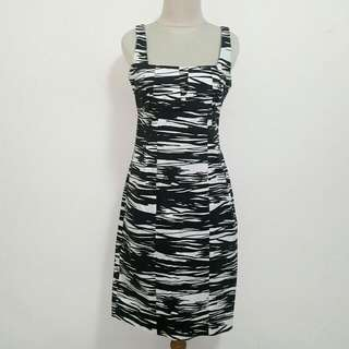 Preloved Black & White Dress