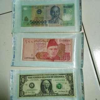 Dollar. Dong