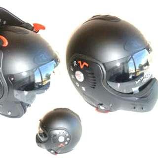 Price Lowered, Roof Boxer V8 Modular Motorcycle Helmet