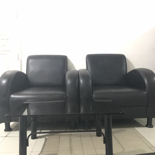 2 Couches And Coffee Table