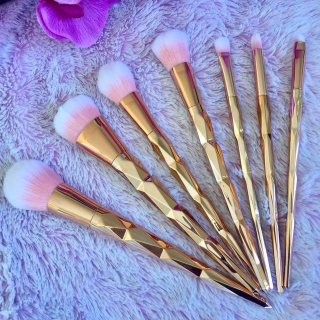 7pcs Unicorn Rose Gold Colour Brush Set