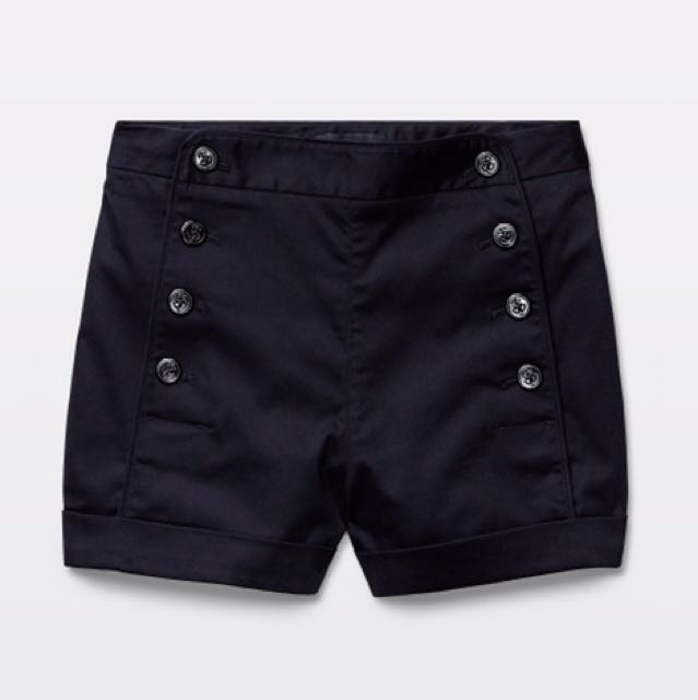 Aritzia Dress Shorts