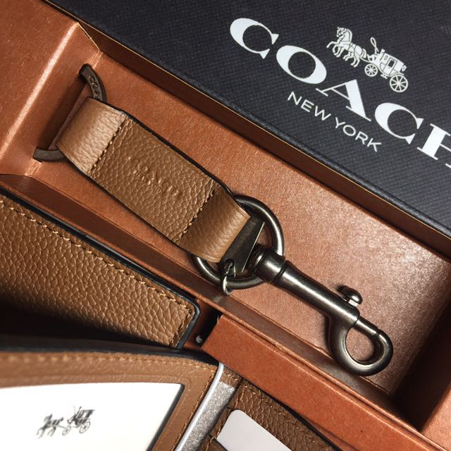 1c0a86ca74c4d uk bnwt authentic coach compact id wallet in sport calf leather with key  fob set in