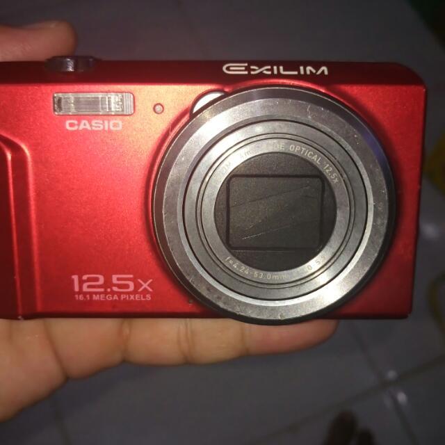 Camera Digital Casio 12.5 MP