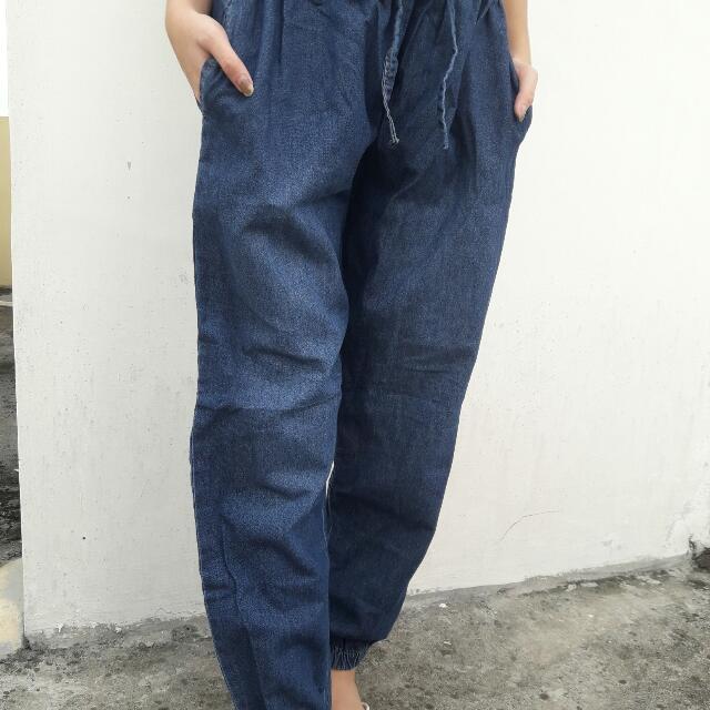 Celana Jogger Blue Jeans