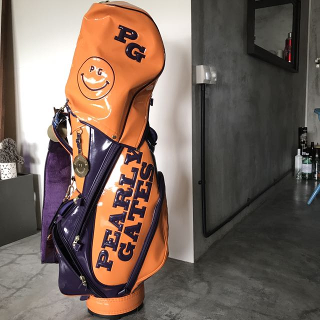 0e89ccea32 Chic Pearly gate golf bag in orange and purple