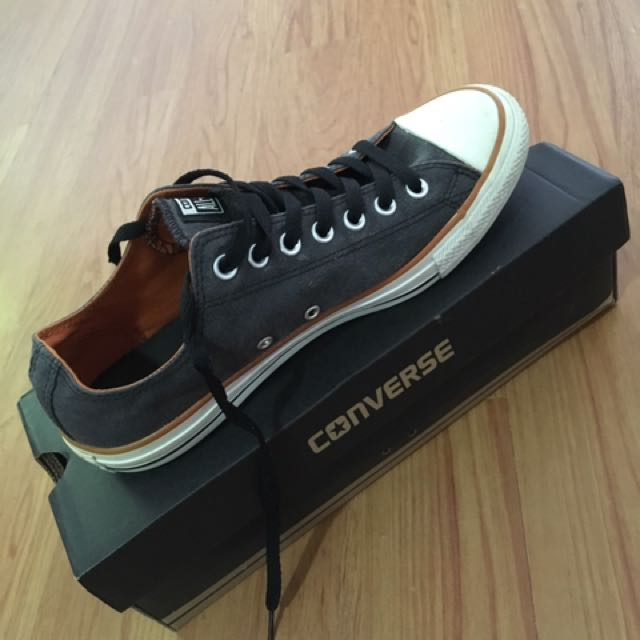 CONVERSE Men's Authentic Shoe
