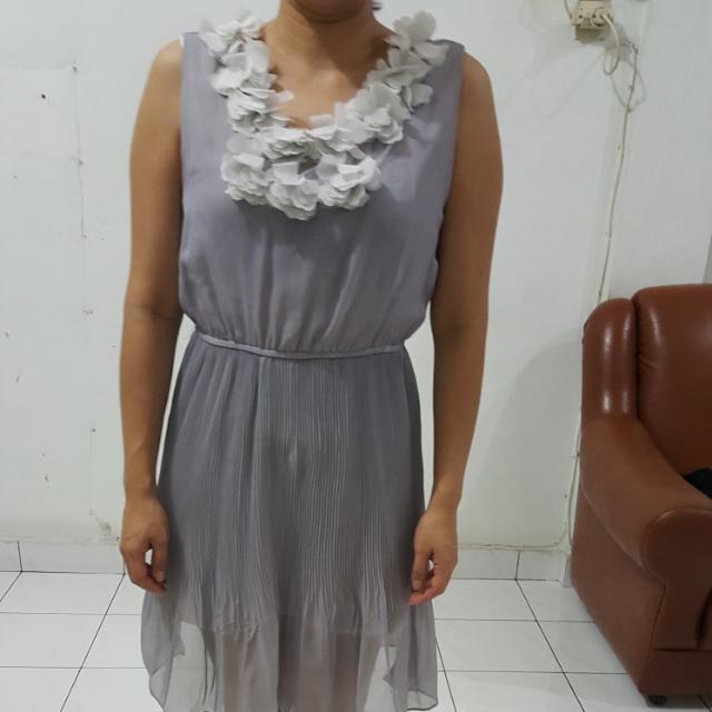 Dress Terusan  Motif Bunga
