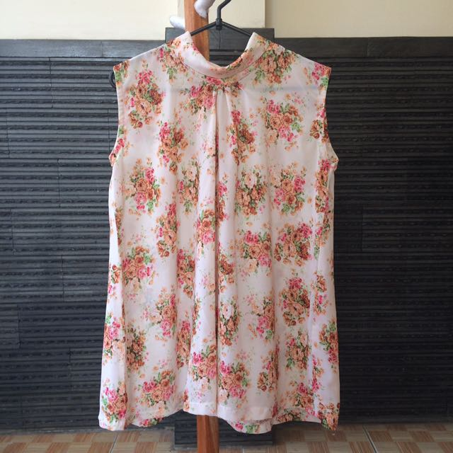 Halter Flowery Top (Made by Tailor)